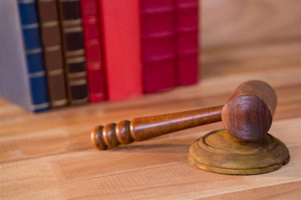 Diferencias Derecho y Obligación